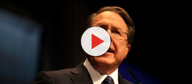 NRA head Wayne LaPierre stoops to new low in gun control debate