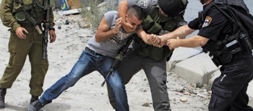 arresto 'injusto' de palestino por soldados