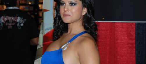 Sunny Leone: (Image via James Chang/Wikimedia commons)