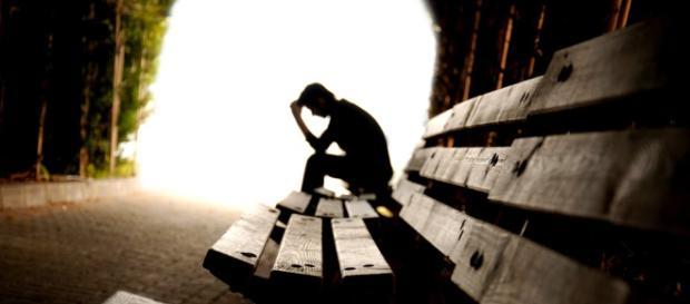 Estudiantes en el Reino Unido se están suicidando