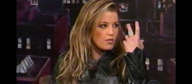 Lisa Marie Presley's court drama continues. [Image Credit: YouTube/MyTalkShowHeroes]