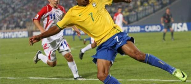 O atleta foi estrela nas categorias de base da seleção. (Foto Reprodução).