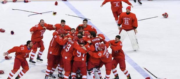 Rusia gana el oro de hockey masculino