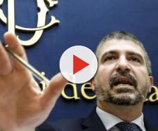Simone Di Stefano promette lancio di sedie se viene approvato lo Ius Soli