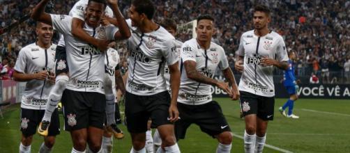 El Corinthians quiere armar un equipo de élite