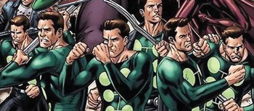 """James Arthur """"Jamie"""" Madrox, alias Hombre Múltiple (Multiple Man), es un personaje ficticio creado por Marvel Comics."""