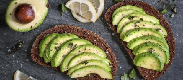 Aguacate para bajar el colesterol: beneficios para tus arterias - natursan.net