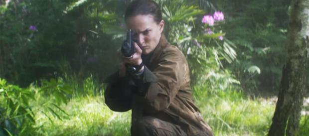 Natalie Portman combate la extinción humana en el trailer de ... - com.mx