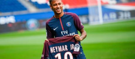 Neymar s'est blessé contre Marseille, mais les premiers retours sont rassurants.