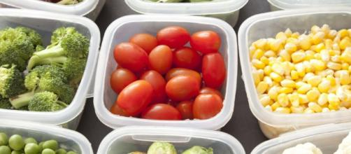 GladWare's container lids are blowing people's minds   Fox News - foxnews.com