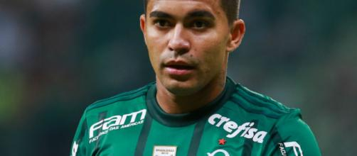 Jogador em um jogo pelo Palmeiras