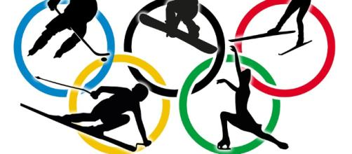 Olympic athletes [Image via: stux on Pixabay]
