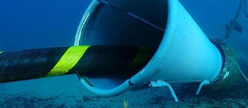 Sabías que tus datos viajan debajo del océano?.