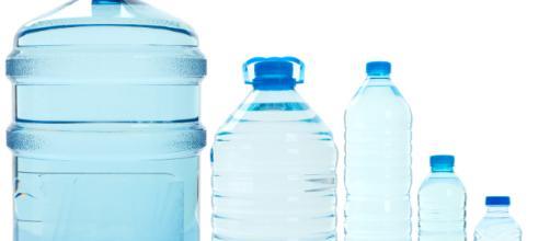 Si crees que beber 11-15 vasos de agua cada día es demasiado, entonces considera cómo tu sistema inmunológico puede ser atacado si no lo haces.