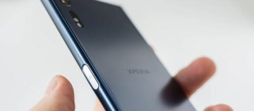Sony Xperia XZ2 coming soon with a bezel-less 4K screen - Android ... - androidcommunity.com