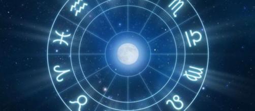 Ya leíste lo que dice tu horóscopo hoy? - El Intra - com.ar