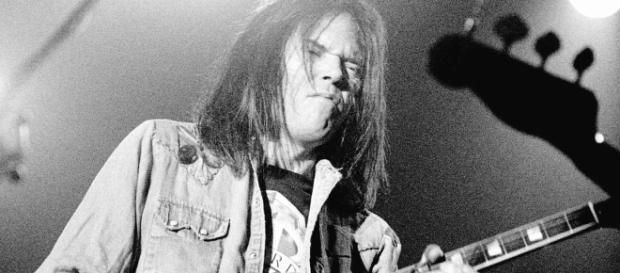 Neil Young's 'Hitchhiker' (Foto - rollingstone.com)