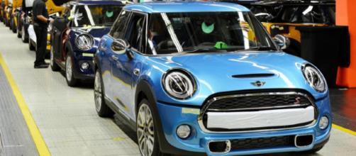 BMW fabricará Mini eléctricos en China, basados en el modelo 'Hatch'.