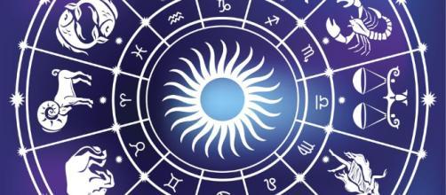 El horóscopo de hoy lunes 8 de enero - lavanguardia.com