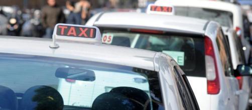 Guai per un tassista cinese abusivo
