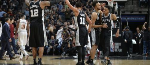 Les Spurs d'un super Aldridge enfoncent les Cavaliers malgré le ... - basket-infos.com