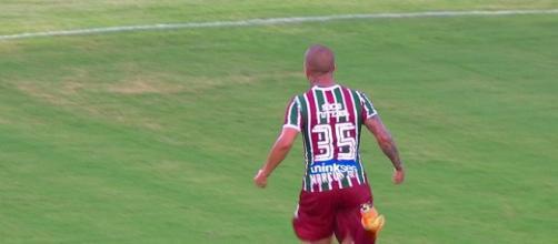 Marcos Júnior comemorando um dos sete gols marcados neste início de temporada (Foto: Reprodução/Sportv)