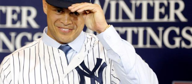 Giancarlo Stanton ganó su primer premio al Jugador Más Valioso de la Liga Nacional esta temporada, ahora se ha unido a los Yankees de Nueva York.