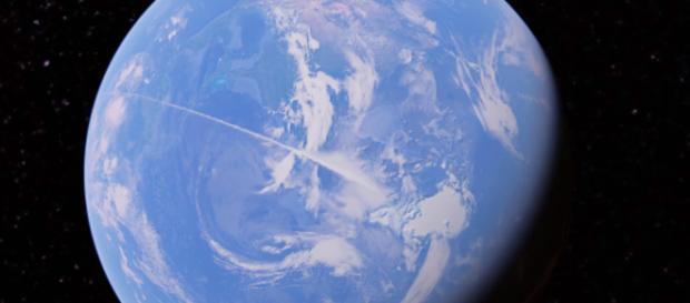 Strange line discovered in Google Earth - Image via Secureteam10/YouTube Screencap