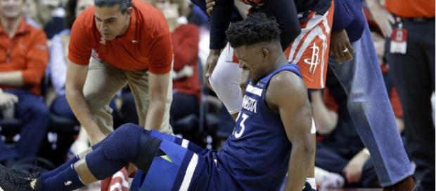 Jimmy Butler sufre una lesión en el menisco de su rodilla derecha.