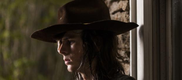 Personagem Carl interpretado por Chandler Riggs