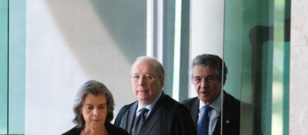 Presidente do STF, ministra Cármen Lúcia, tem sofrido pressão devido a seus posicionamentos