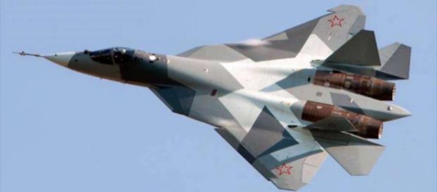Rusia estrena su caza más potente: así es el futurista Su-57 - msn.com