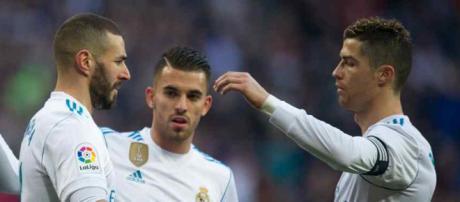 Cristiano Ronaldo adora jogar com Benzema, mas novo centroavante deve ser contratado.