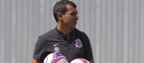 Corinthians precisa vencer por 2 gols de diferença para avançar