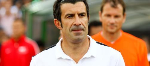 Figo exige tiempo para que baje presión del jefe del Real Madrid Zidane