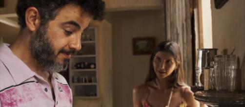 Juvenal descobre que noiva é quenga e parte para a violência