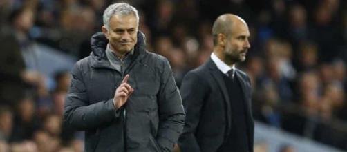 Mourinho e Guardiola são rivais na Inglaterra. (Foto reprodução).