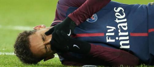 Neymar, blessé face à l'OM dans le Clasico