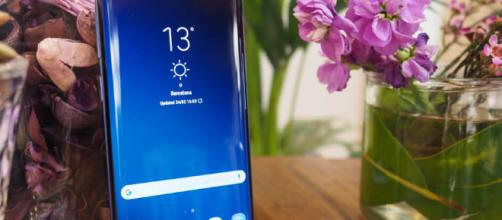 "Samsung ""Galaxy S9"" está aquí."
