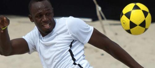 Usain St. Leo Bolt es un exatleta, especialista en pruebas de velocidad, y futbolista jamaicano