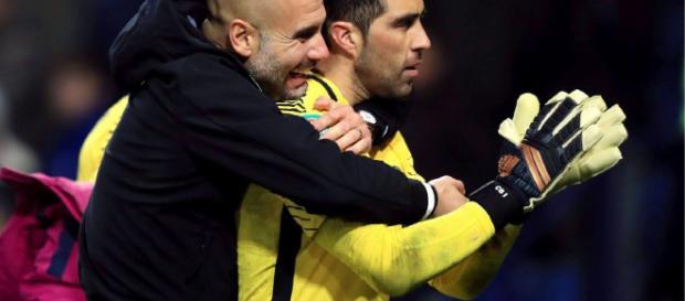 Guardiola promete seguir llevando cinta amarilla a pesar de la sanción