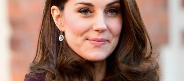 Kate Middleton incinta, maschietto o femminuccia?