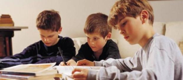 polémica sobre la buena educación