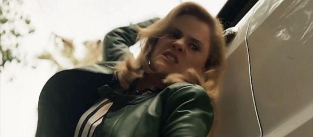 Sophia mata Rato e erros na cena são percebidos. (foto reprodução).