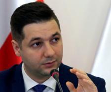 Patryk Jaki jest polskim ministrem i będzie realizował polskie interesy (fot. dorzeczy.pl)