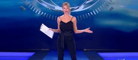 Alessia Marcuzzi sbotta in diretta