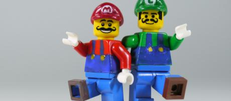Lego Mario and Luigi -- BRICK 101/Flickr