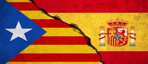 España y Cataluña, divididas por la política