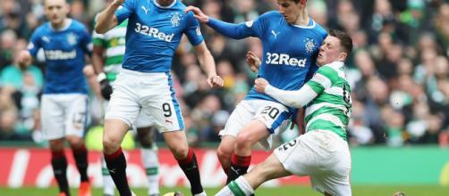 Los Rangers barrieron a St Johnstone para reducir la diferencia con Celtic, líder de la Premiership, a seis puntos.