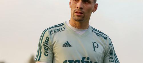 Moisés, meio-campo do Palmeiras